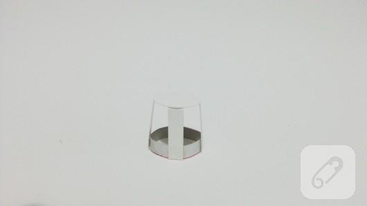 soda-sisesi-degerlendirme-cam-siseden-kitap-tutucu-yapimi-5