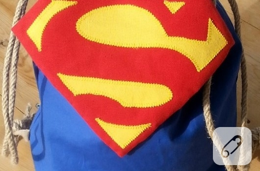 superman-sirt-cantasi-