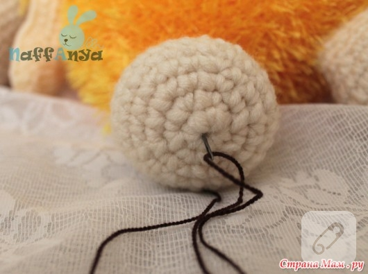 amigurumi-oyuncak-yastik-yapimi-14