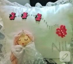 kece-prenses-suslemeli-bebek-taki-yastigi-1