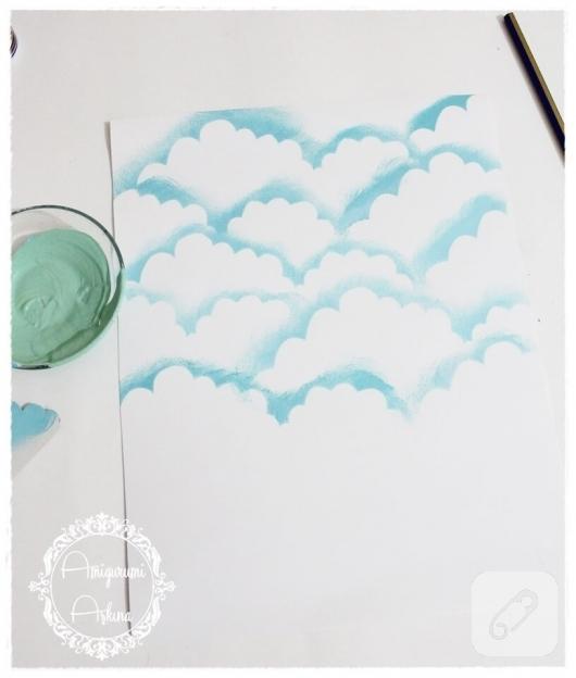 akrilik-boya-ile-bulutlu-kart-yapimi-11