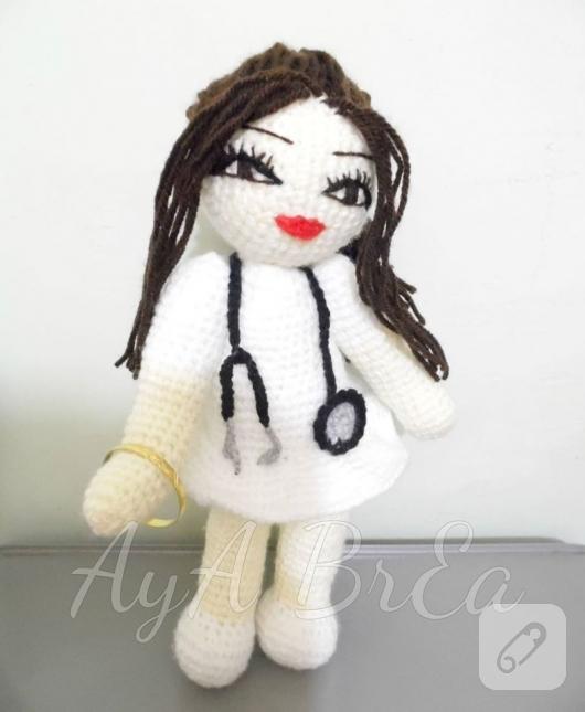 amigurumi-hemsire-bebek-modeli-3