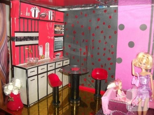 cocuklar-icin-barbie-evi-
