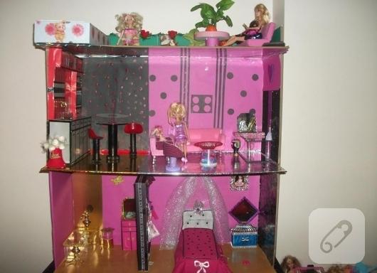 cocuklar-icin-barbie-evi