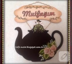 karatahta-ahsap-mutfak-panosu-modelleri