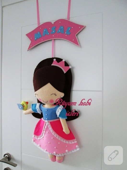 kece-prenses-bebekli-kapi-susu-modelleri-