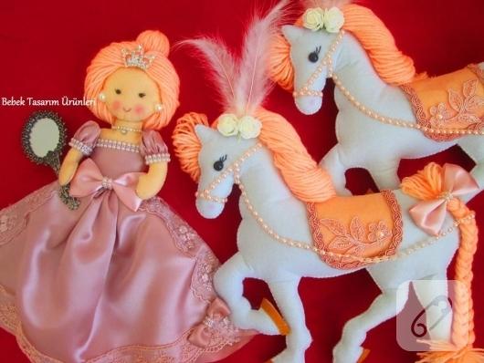 keceden-prenses-ve-at-oyuncak-modelleri