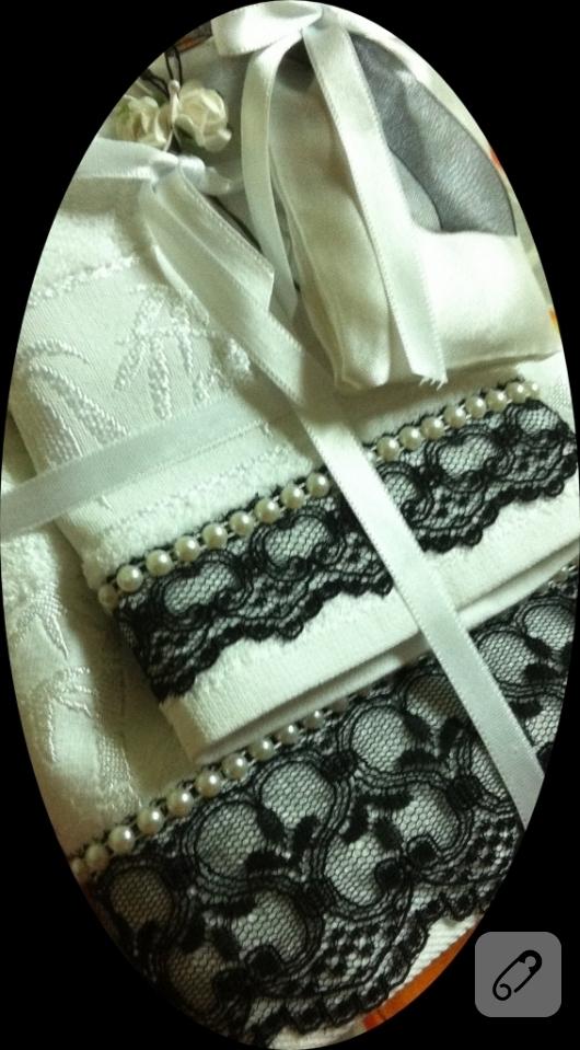siyah-dantel-gupurlu-havlu-kenari-modelleri