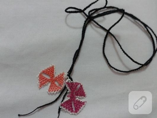 needle-Oyasu-how-to-embroidered-necklace-models-13
