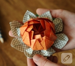 origami-lotus-kagittan-cicek