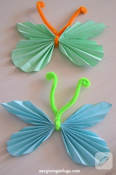 cocuk-etkinlikleri-ponponlu-kagit-kelebek-yapimi-13