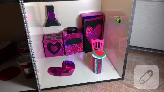 cocuklar-icin-barbie-evi-yapimi-5