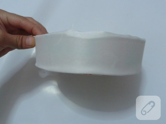 yogurt-kovasindan-kumas-kaplama-sepet-yapimi-9