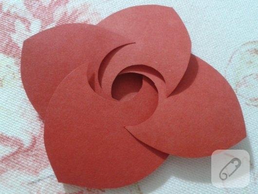 kartondan-origami-gul-yapimi-1