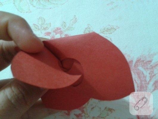 kartondan-origami-gul-yapimi-10