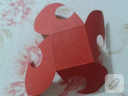 kartondan-origami-gul-yapimi-6