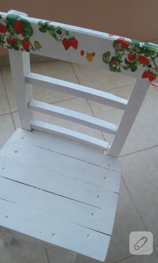 ahsap-sandalye-boyama-mobilya-yenileme-1