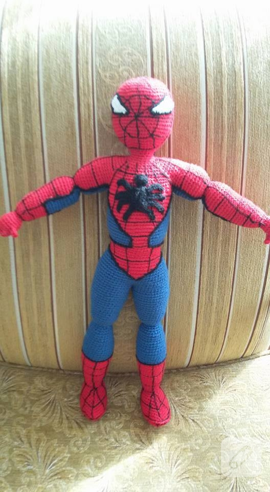 orgu-oyuncak-spiderman