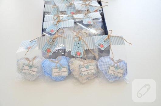 mavi-kalp-seklinde-lavanta-kesesi-erkek-bebek-sekerleri-3
