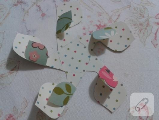 kartondan-origami-cicek-nasil-yapilir-6