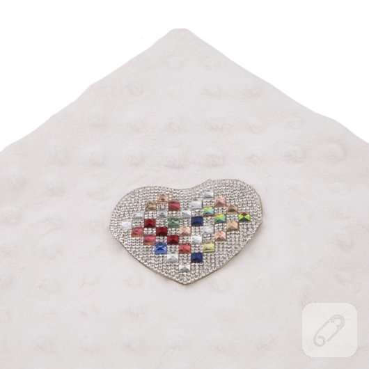 kristal-tasli-desenler-utu-ile-kiyafetlere-nasil-uykulanir-10