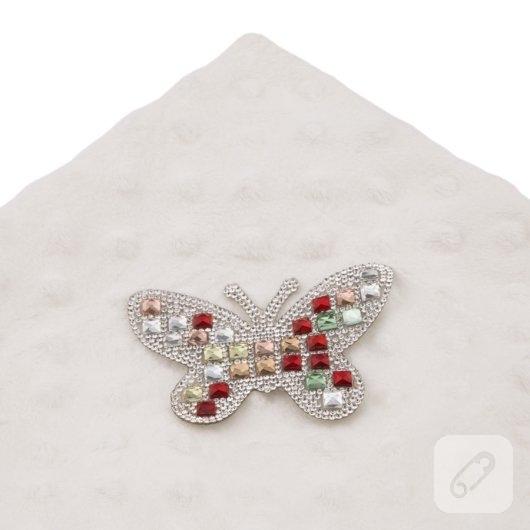 kristal-tasli-desenler-utu-ile-kiyafetlere-nasil-uykulanir-11