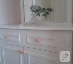 mobilya-boyama-polisan-ile-yatak-odasi-takimi-yenileme