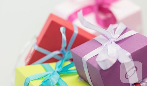 el-yapimi-hediye-paketi-nasil-yapilir