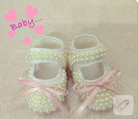 inci-ve-kurdele-suslemeli-bebek-ayakkabilari-4