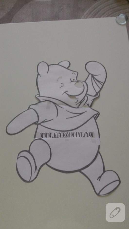 kece-islemeli-Winnie-the-Pooh-bebek-battaniyesi-yapimi-1