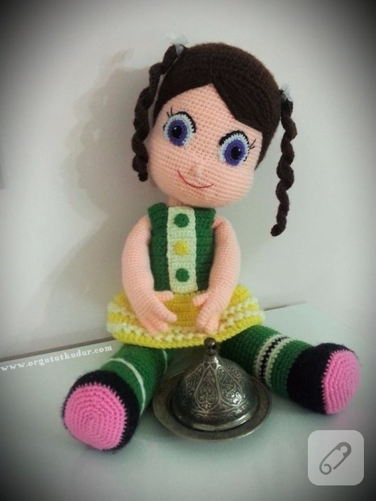 amigurumi-bebekler-vanellope-orgu-oyuncak