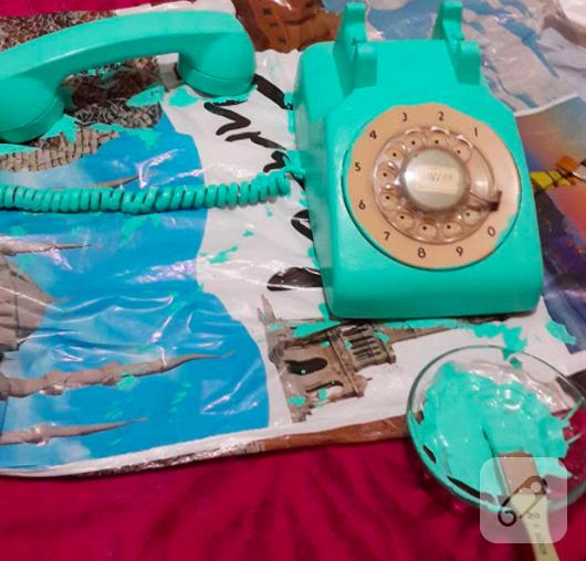 eski-telefon-boyama-calismasi-kendin-yap