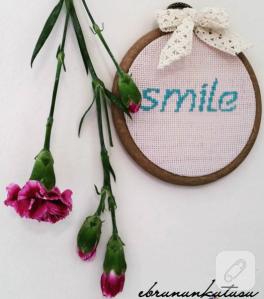 smile-yazili-etamin-kasnak-pano
