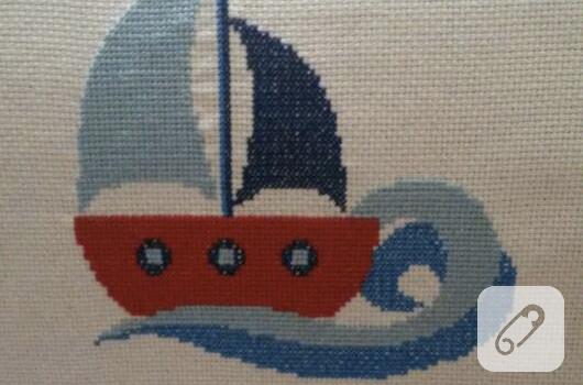 kanavice-islemeli-yelkenli-bebek-dogum-panosu
