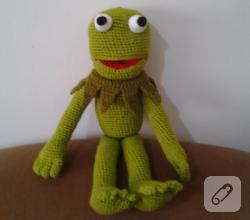 amigurumi-orgu-oyuncak-kermit