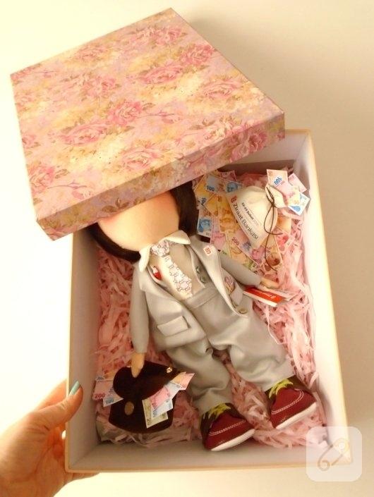 bankaci-oyuncaklari-tilda-erkek-bez-bebek-modeli-6