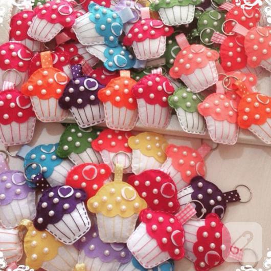 renkli-kece-cupcake-anahtarliklar