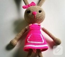 amigurumi-oyuncaklar-orgu-tavsan-modeli-9