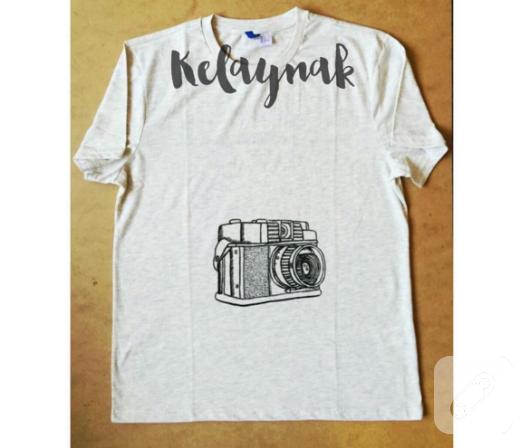 fotograf-makinesi-desenli-kumas-boyama-tisort