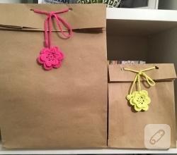 kese-kagidindan-orgu-suslu-hediye-paketi-yapimi