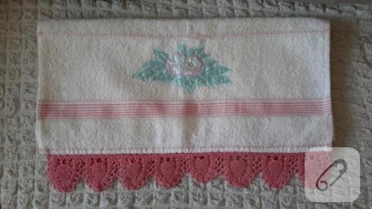 tig-isi-pembe-beyaz-motifli-havlu-kenari-ornekleri-2