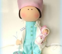 doktor-tilda-oyuncak-meslek-bebekleri