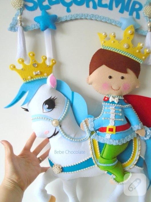 keceden-mavi-prensli-sunnet-bebek-kapi-susu-ornekleri-8
