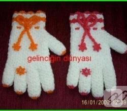 yuzuk-suslemeli-eldiven-seklinde-orgu-lif