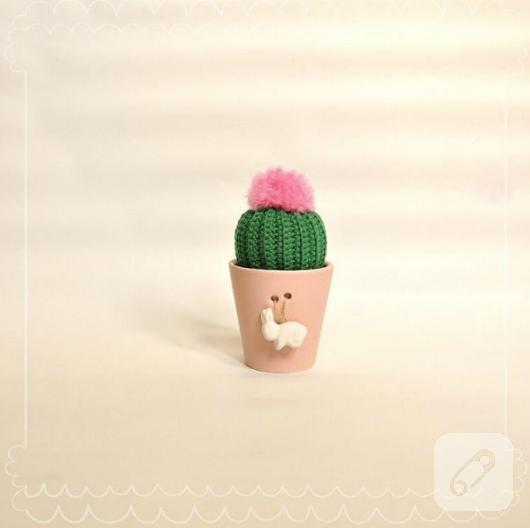 amigurumi-orgu-tig-isi-kaktus