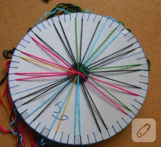 arkadas-bilekligi-icin-kumihimo-disk-yapimi-5