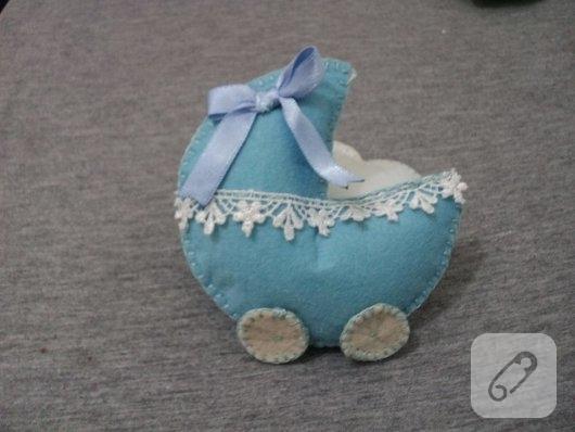 kece-kundakta-mavi-bebek-sekerleri-4