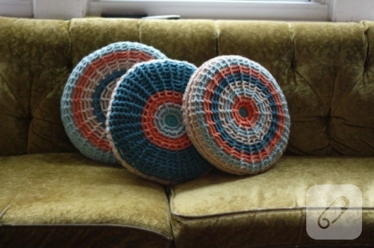 5 Inspirational Ideas to Help You Pick Suitable Pillow Design to Accompany Your Seating Furniture