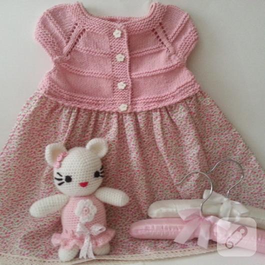 tig-isi-orgu-bebek-elbisesi