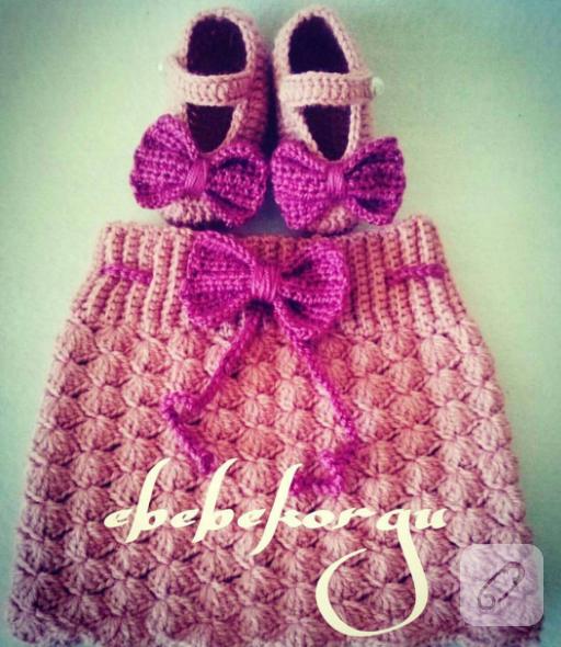 tig-isi-orgu-bebek-etekler-elbiseleri-9